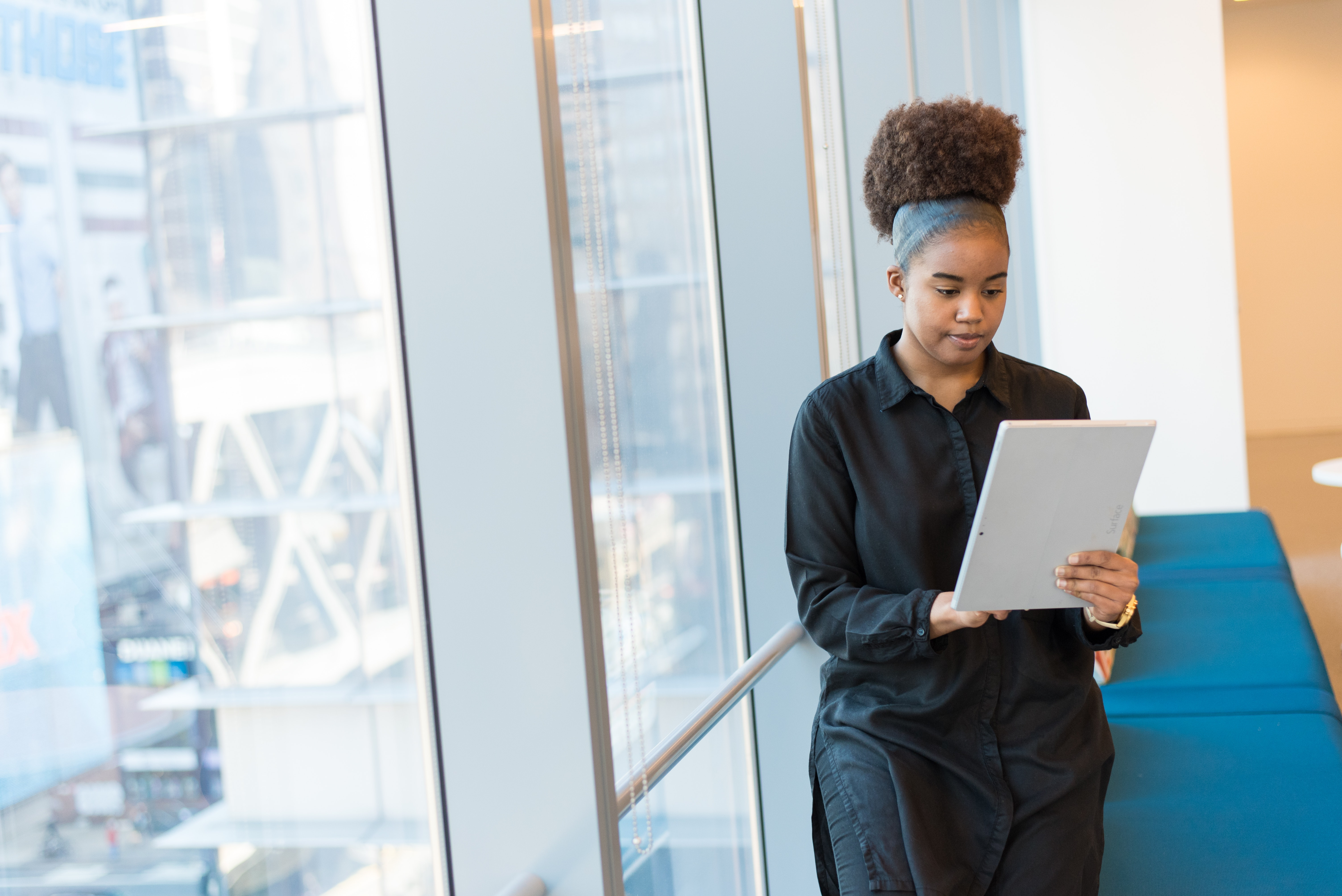 Research: Female Employees avoid to ask for a Pay Rise