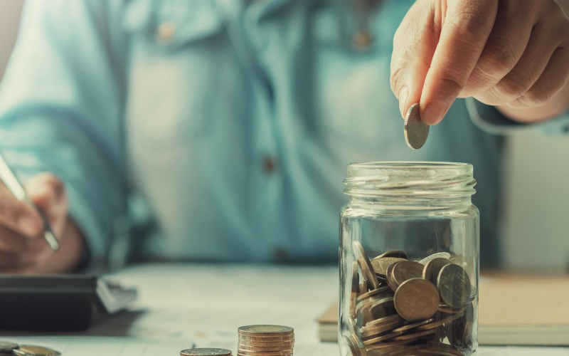 UK adults now less concerned about saving for retirement