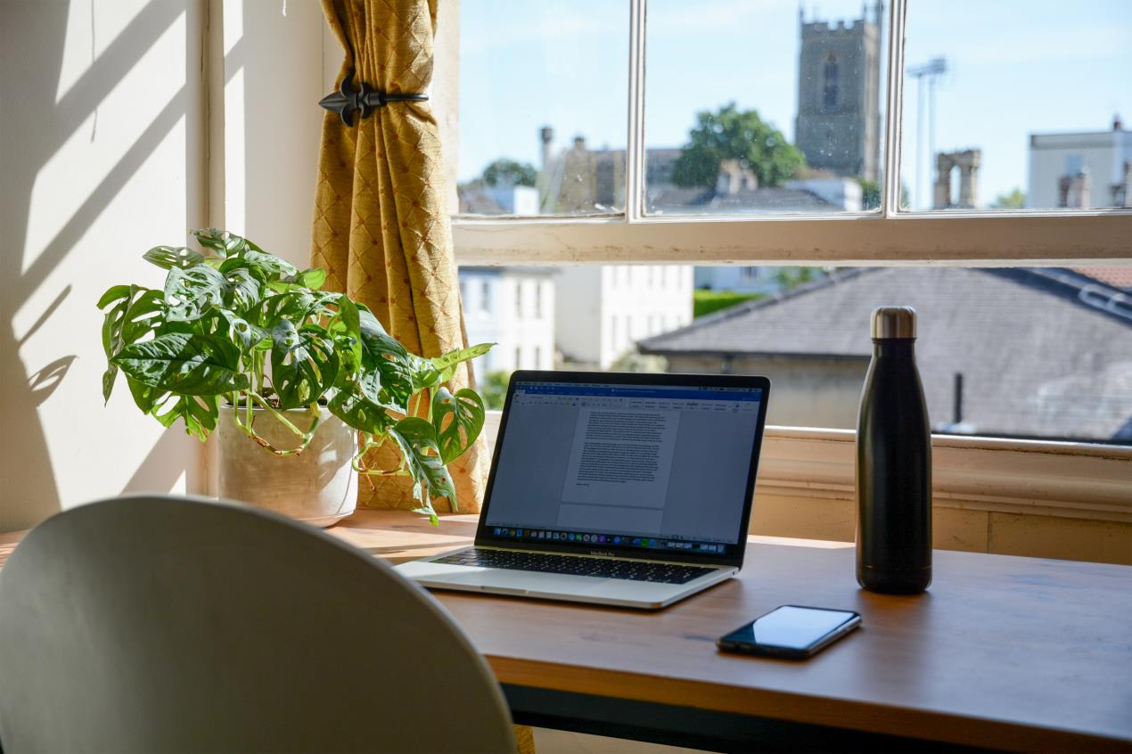 Five things employers legally need to do for employees working from home
